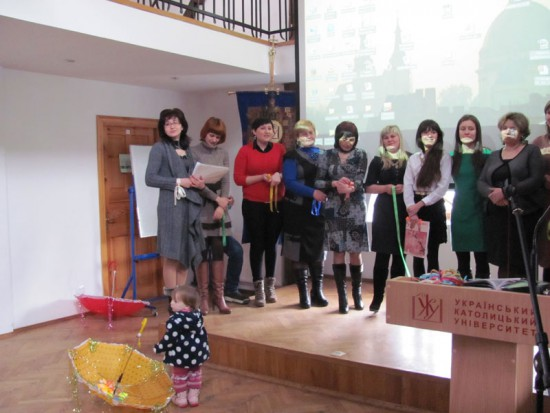 The fourth graduation of students of Certificate Program