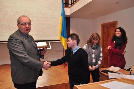 La remise des cartes d'étudiant, le commencement de la nouvelle année d'études au Mastère en études œcuménique 2013