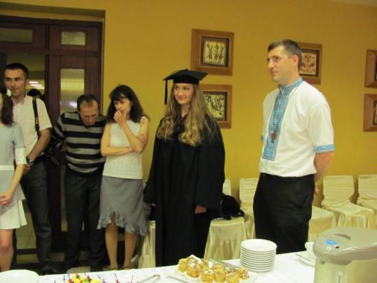 Наша цьогорічна випускниця Ніна Поліщук